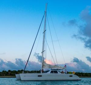 Used Lagoon 550 Catamaran Sailboat For Sale