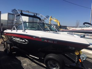 Used Moomba Outback V Motor Yacht For Sale