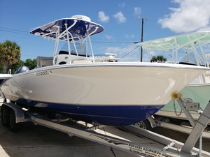 Used Nauticstar 25 XS25 XS Sports Fishing Boat For Sale