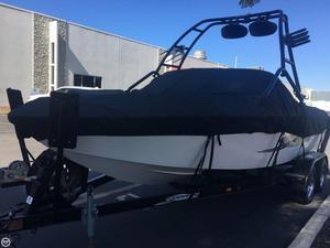 Used Supreme V208 Ski and Wakeboard Boat For Sale
