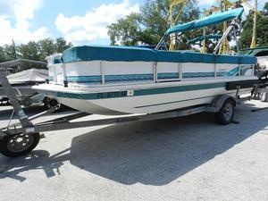 Used Hurricane 196 RE196 RE Deck Boat For Sale