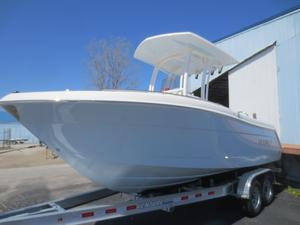 New Robalo R222 Center ConsoleR222 Center Console Center Console Fishing Boat For Sale