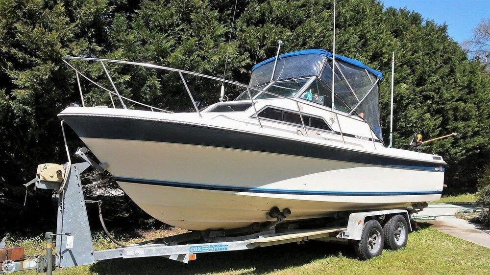 1983 Used Wellcraft 248 Sportsman Walkaround Boat ...  Wellcraft Walk Around Wiring Diagram on