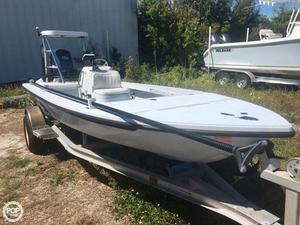Used Maverick Mirage 17 HPX-V Flats Fishing Boat For Sale