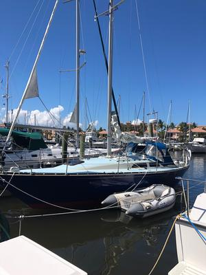 Used C&c 34 Racer and Cruiser Sailboat For Sale