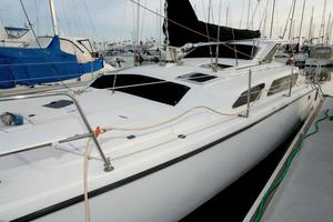 Used Performance Cruising Gemini 105 MC Catamaran Sailboat For Sale