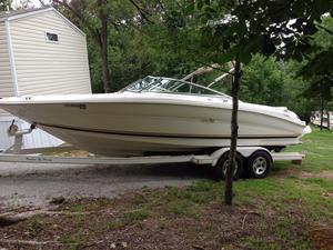 Used Sea Ray 230 SIGNATURE SERIES230 SIGNATURE SERIES Bowrider Boat For Sale