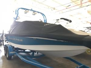 Used Nautique Super Air Nautique 210Super Air Nautique 210 Ski and Wakeboard Boat For Sale
