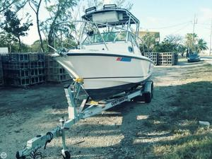 Used Boston Whaler 205 Conquest Walkaround Fishing Boat For Sale
