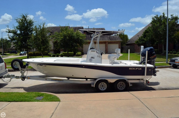 Used Sea Fox 220 XT Bay Fox Center Console Fishing Boat For Sale