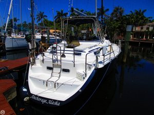 Used Hunter Passage 42 Center Cockpit Racer and Cruiser Sailboat For Sale