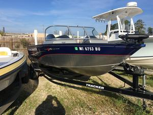 Used Tracker Pro Guide V-175 WT Freshwater Fishing Boat For Sale