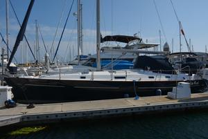 Used Beneteau America 411 Cruiser Sailboat For Sale