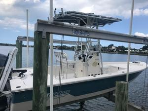 Used Pathfinder 2200 TE Center Console Fishing Boat For Sale