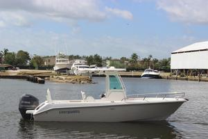 Used Everglades 230 CC230 CC Center Console Fishing Boat For Sale