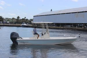 Used Pathfinder 2200 Tournament Edition2200 Tournament Edition Center Console Fishing Boat For Sale