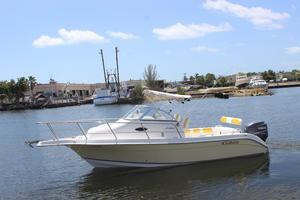 Used Cobia 230 Walk-Around230 Walk-Around Walkaround Fishing Boat For Sale