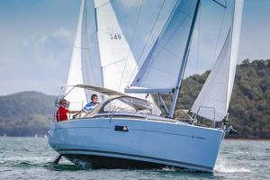 Used Jeanneau 349 Racer and Cruiser Sailboat For Sale