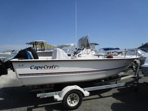 Used Cape Craft 19 CC19 CC Center Console Fishing Boat For Sale