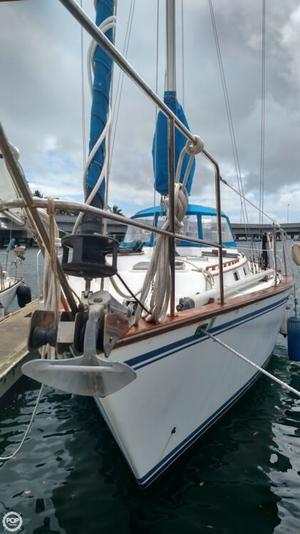 Used Endeavour 42 Sloop Sailboat For Sale