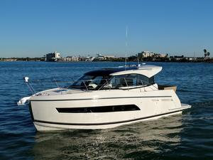 Used Carver C34 Coupe Cruiser Boat For Sale