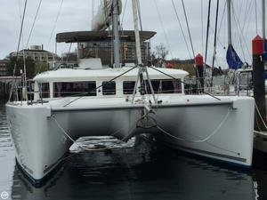Used Lagoon 450 Flybridge Catamaran Sailboat For Sale