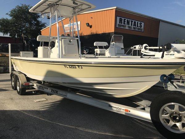 Used Pathfinder 2200 TRS2200 TRS Bay Boat For Sale