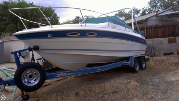 Used Larson Hampton 220 Cuddy Cruiser Boat For Sale
