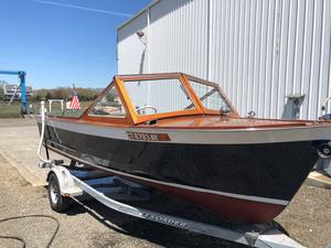 Used Lyman Inboard/runabout Antique and Classic Boat For Sale