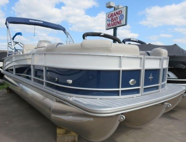 New Berkshire 23 SB STS 2.7523 SB STS 2.75 Pontoon Boat For Sale