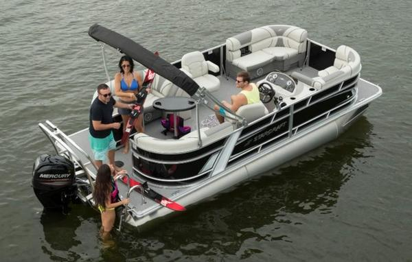 New Starcraft Pontoon Boat For Sale