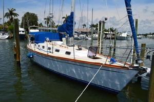 Used Tartan 4100 Cruiser Sailboat For Sale