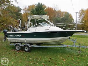 Used Trophy 2102 Walkaround Fishing Boat For Sale