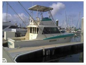 Used Hatteras 34 Convertible Sports Fishing Boat For Sale