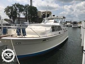 Used Chris-Craft Commander 42 Cruiser Boat For Sale
