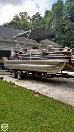 Used Sun Tracker 22 DLX Fishin' Barge Pontoon Boat For Sale