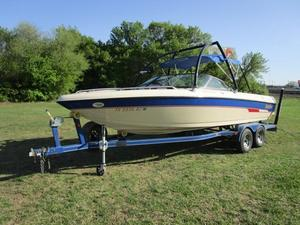 Used Malibu Sunscape 23 LSVSunscape 23 LSV Ski and Wakeboard Boat For Sale