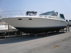 Used Sea Ray 370 Express Cruiser ***fresh Water*** Express Cruiser Boat For Sale