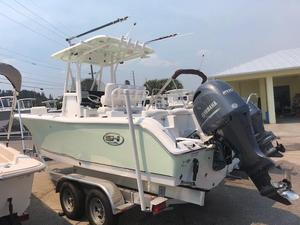 Used Sea Hunt Ultra 225Ultra 225 Center Console Fishing Boat For Sale