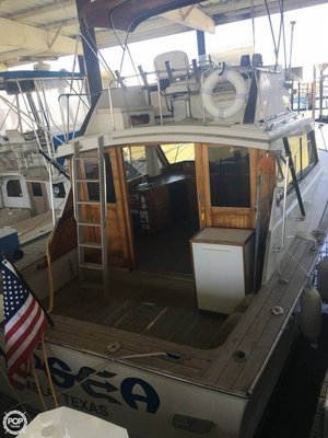 Used Egg Harbor 33 Sedan Fisherman Sports Fishing Boat For Sale