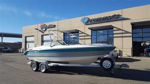 Used Chaparral 2100 SX2100 SX Ski and Wakeboard Boat For Sale