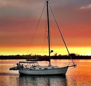 Used Island Packet IP31 Cruiser Sailboat For Sale