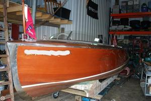 Used Chris-Craft 17' Deluxe Runabout Antique and Classic Boat For Sale