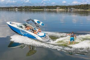 New Chaparral H2O 21 SURFH2O 21 SURF Bowrider Boat For Sale