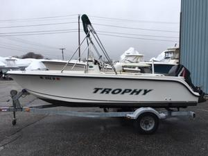 Used Trophy 17' CENTER CONSOLE17' CENTER CONSOLE Center Console Fishing Boat For Sale