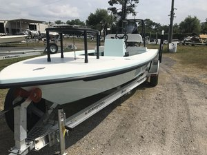 New Maverick 18 HPX-V18 HPX-V Flats Fishing Boat For Sale