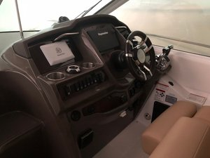 Used Cruisers Yachts 380 Express Cruiser Boat For Sale