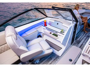 New Crest Continental 270 Nx-sls (twin Outboard) Pontoon Boat For Sale