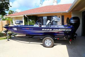 Used Bass Tracker Pro TEAM 175 TF Bass Boat For Sale