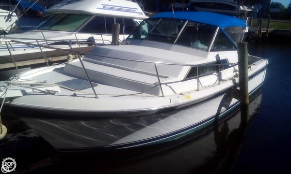 Used Wellcraft 3200 Coastal Walkaround Fishing Boat For Sale